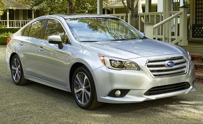 2015-Subaru-Legacy-011