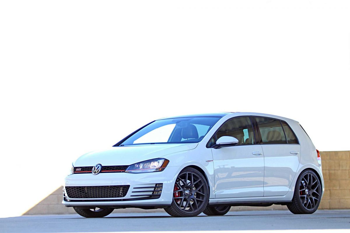 5 Reasons Why The Volkswagen GTI is the Perfect Car For Young Enthusiasts